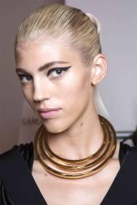 hbz-beauty-ss2015-trends-black-liner-Cushnie-et-Ochs-bks-I-RS15-8526-lg