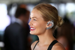 lara-bingle-ear-cuff